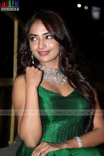 actress-jiya-hyderabad-love-story-audio-launch-photos-037.jpg