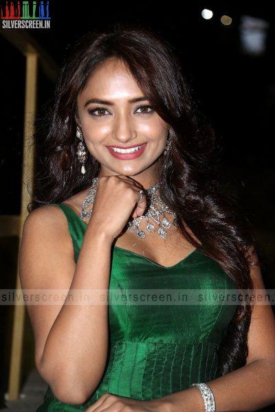 actress-jiya-hyderabad-love-story-audio-launch-photos-038.jpg