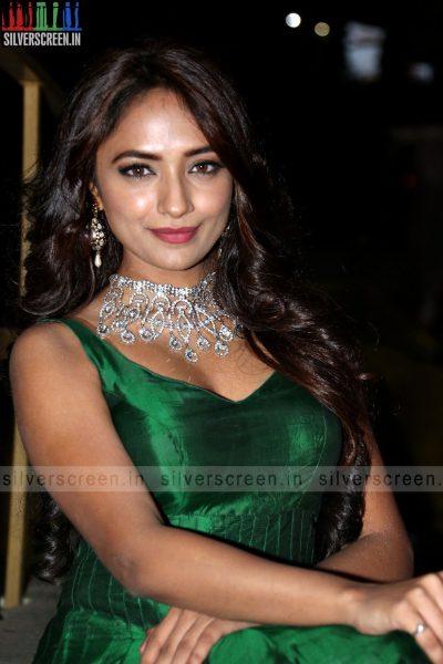 actress-jiya-hyderabad-love-story-audio-launch-photos-040.jpg