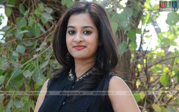 actress-nanditha-raj-krishnamma-kalipindi-iddarini-press-meet-photos-034.jpg