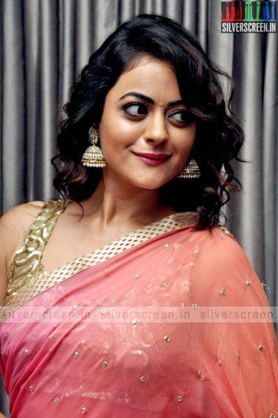 actress-shruti-sodhi-at-patas-audio-launch-event-photos-001.jpg