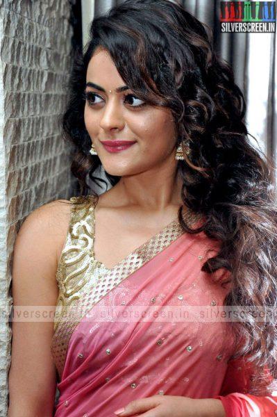 actress-shruti-sodhi-at-patas-audio-launch-event-photos-010.jpg