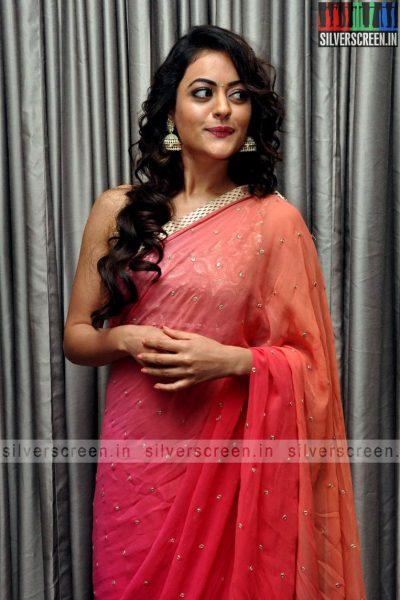 actress-shruti-sodhi-at-patas-audio-launch-event-photos-019.jpg