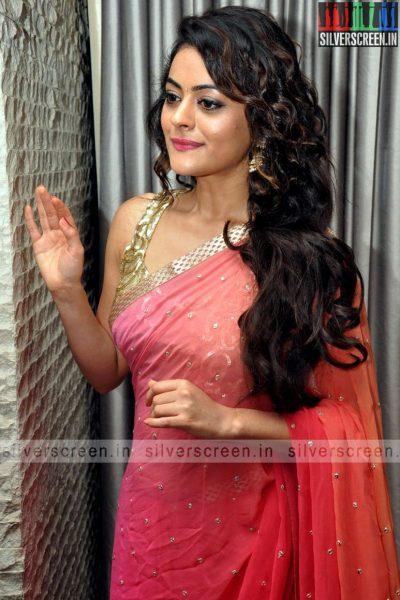 actress-shruti-sodhi-at-patas-audio-launch-event-photos-031.jpg