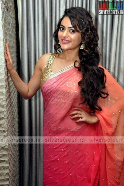 actress-shruti-sodhi-at-patas-audio-launch-event-photos-035.jpg
