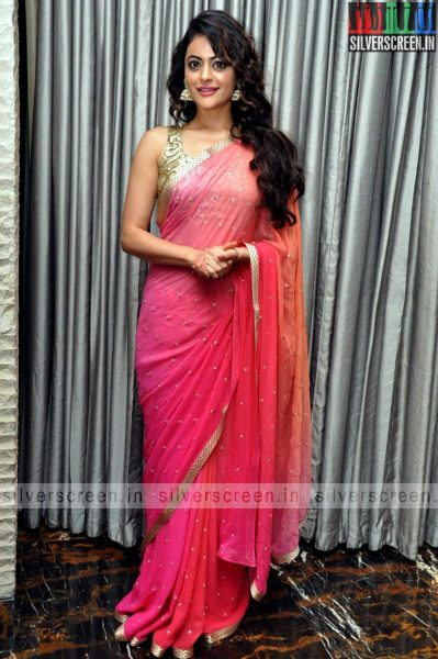 actress-shruti-sodhi-at-patas-audio-launch-event-photos-040.jpg