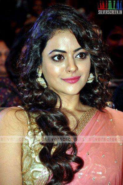 actress-shruti-sodhi-at-patas-audio-launch-event-photos-051.jpg