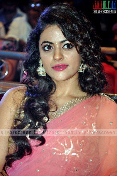 actress-shruti-sodhi-at-patas-audio-launch-event-photos-052.jpg