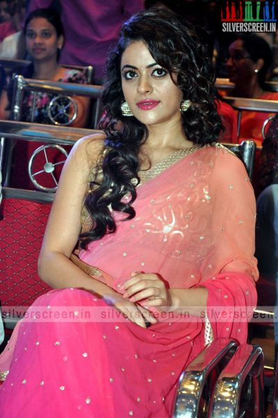 actress-shruti-sodhi-at-patas-audio-launch-event-photos-056.jpg