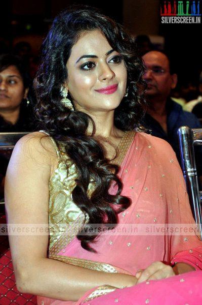 actress-shruti-sodhi-at-patas-audio-launch-event-photos-057.jpg