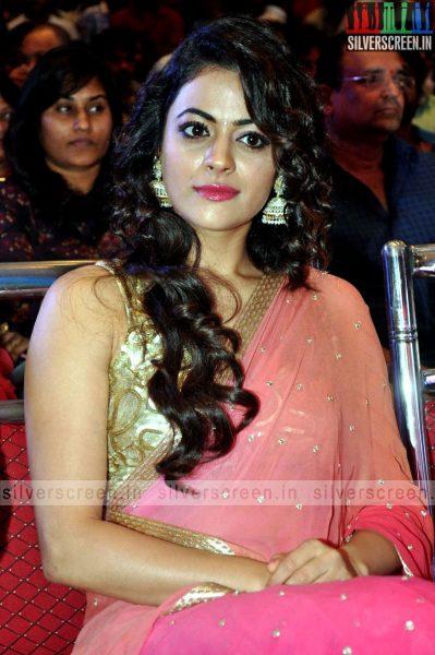 actress-shruti-sodhi-at-patas-audio-launch-event-photos-058.jpg