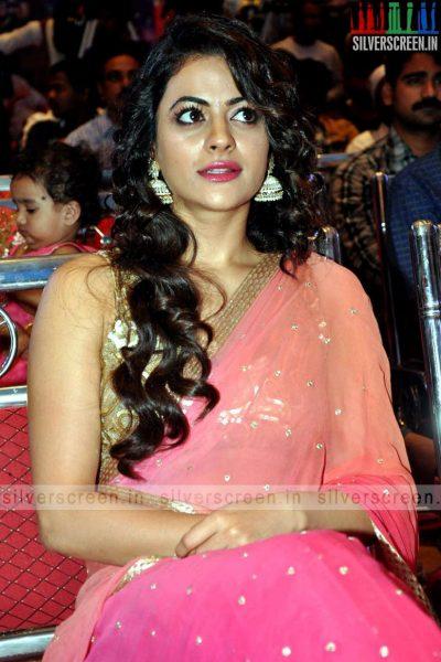 actress-shruti-sodhi-at-patas-audio-launch-event-photos-059.jpg