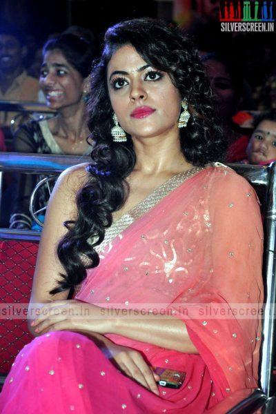actress-shruti-sodhi-at-patas-audio-launch-event-photos-060.jpg