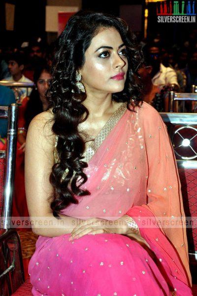 actress-shruti-sodhi-at-patas-audio-launch-event-photos-063.jpg