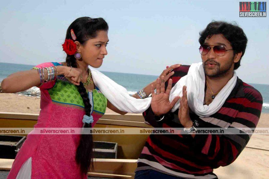 miss-pannidathinga-appuram-varuthapaduvinga-movie-stills-013.jpg
