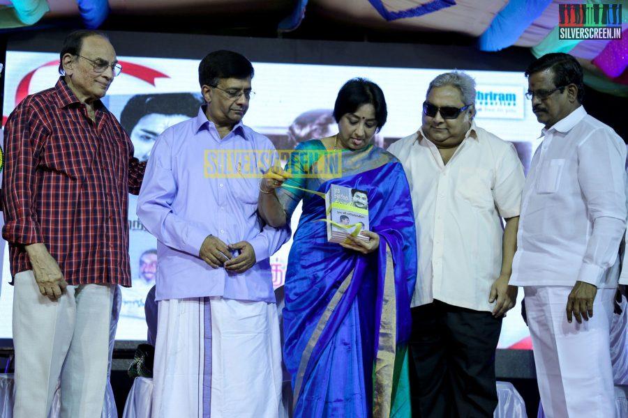 naan-suvasikkum-sivaji-book-launch-photos-018.jpg