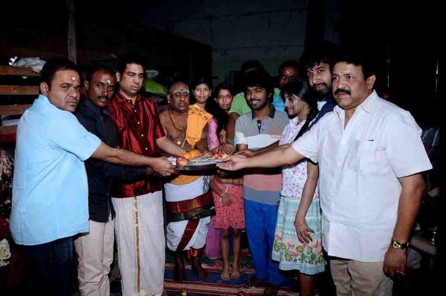 trisha-illana-nayanthara-movie-launch-photos-013.jpg