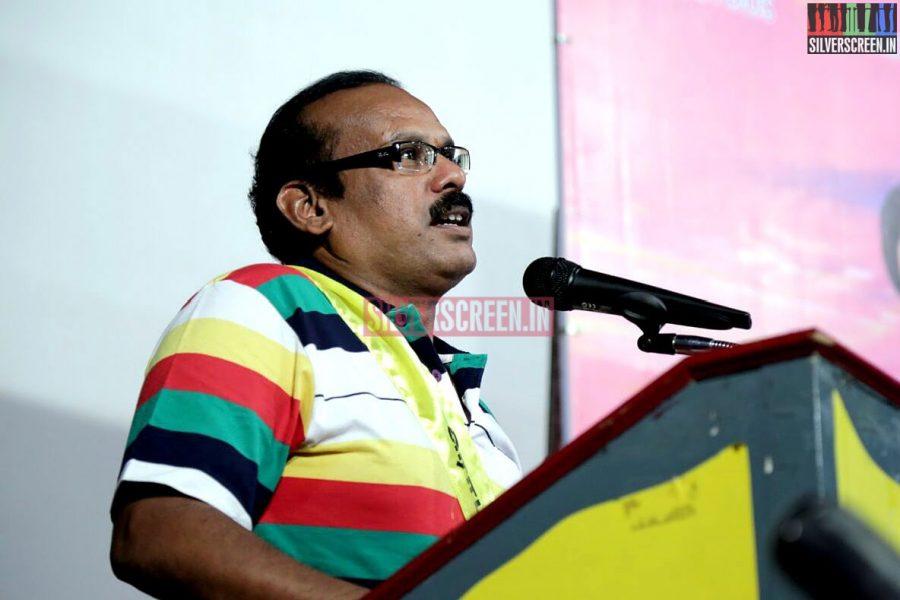 Director A Venkatesh at Romba Nallavan Da Nee Press Meet Photos