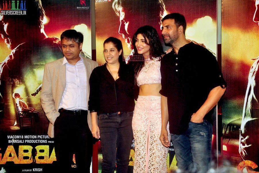 Akshay Kumar and Shruti Haasan at Gabbar Promotion