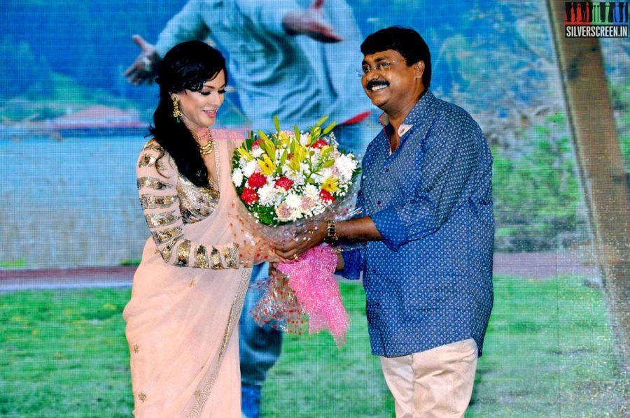 Pooja Kumar at the Uttama Villain Telugu Audio Launch Photos