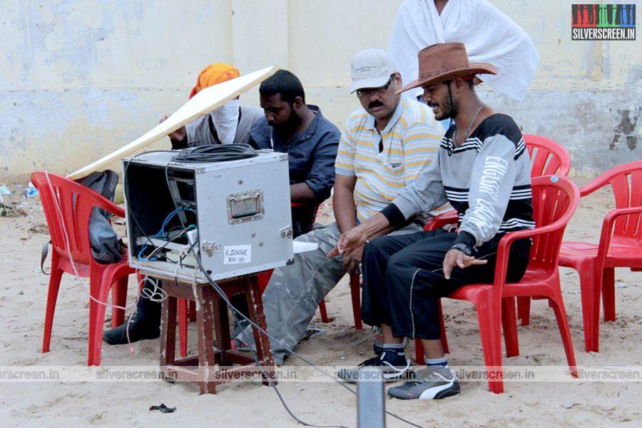 Director A Venkatesh in Romba Nallavan Da Nee Movie Stills