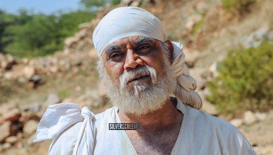 thalaivasal vijay hot