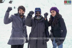Arya, Karthika Nair and SP Jananathan in Purampokku Engira Podhuvudamai Movie Stills