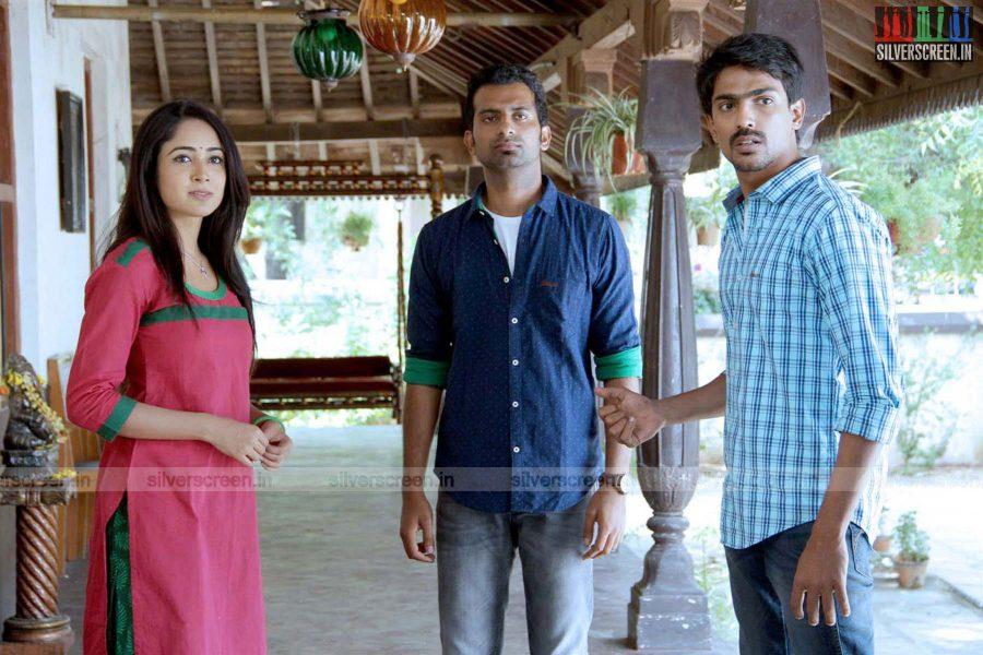 Actor Aditi Chengappa in Moone Moonu Vaarthai Movie Stills