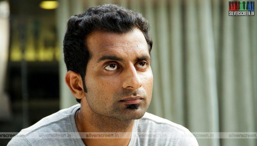 Moone Moonu Varthai Movie Stills