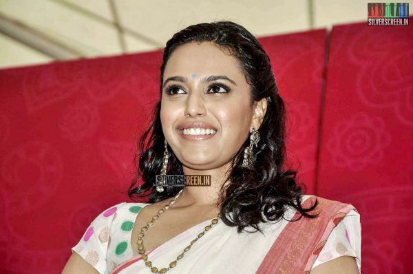 Swara Bhaskar & Tisca Chopra at Phoneix Market City