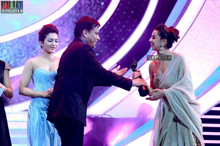 Catherine Tresa and Nikki Galrani at the 62nd Filmfare Awards South Photos