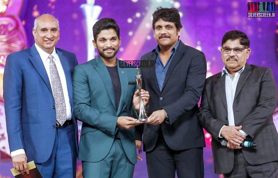 celebrities-at-cinemaa-awards-2015-photos-025.jpg