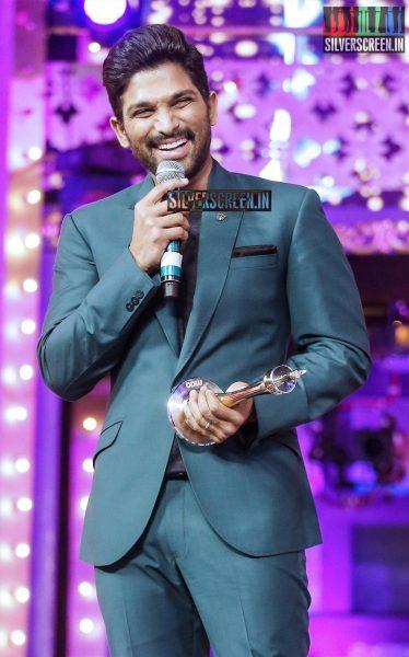 celebrities-at-cinemaa-awards-2015-photos-026.jpg