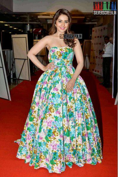 celebrities-at-cinemaa-awards-2015-photos-062.jpg
