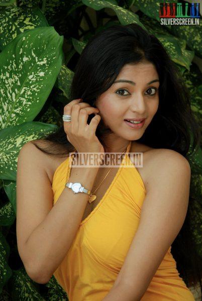 kalai-vendhan-movie-stills-038
