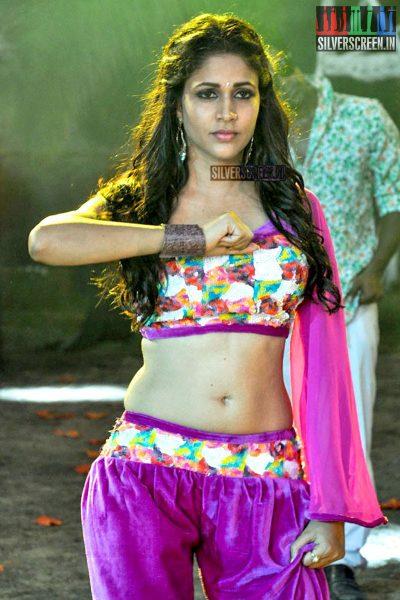 Lavanya Tripathi at Bale Bale Magadivoy Movie Shooting Spot