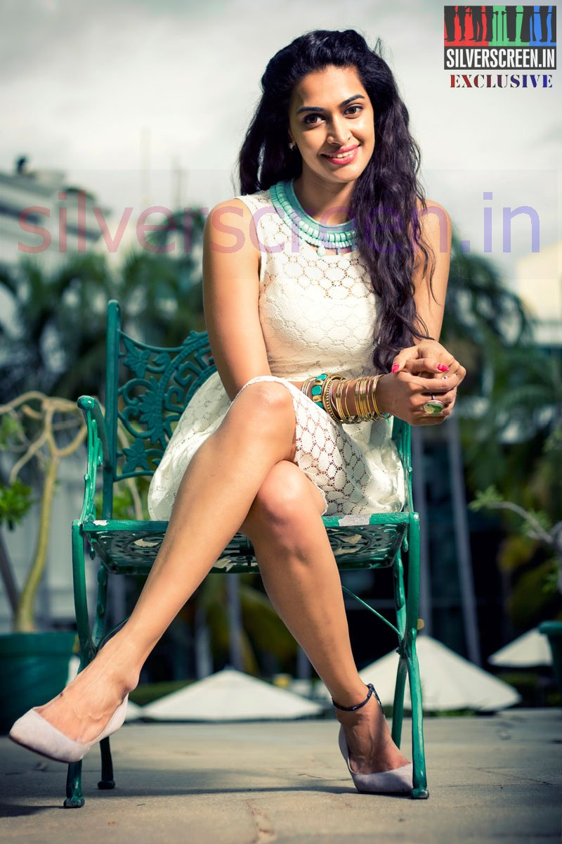 Salony Luthra Exclusive Photoshoot Stills for Silverscreen.in