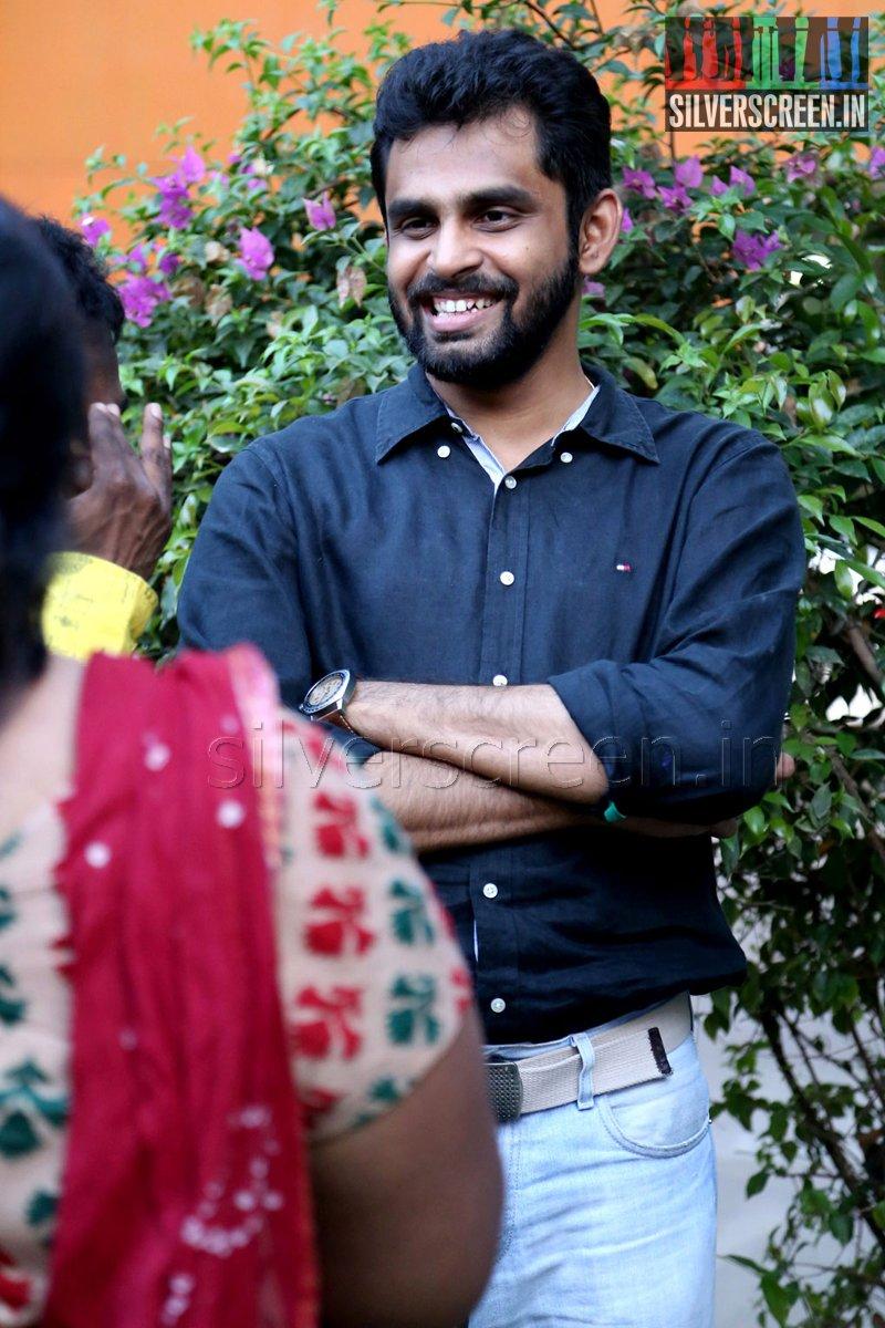 Director Balaji Mohan at the Vaayai Moodi Pesavum Press Meet