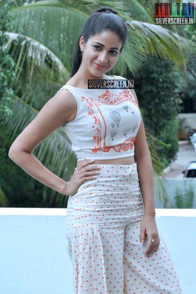Lavanya Tripathi Photos from Bhale Bhale Magadivoy Interview