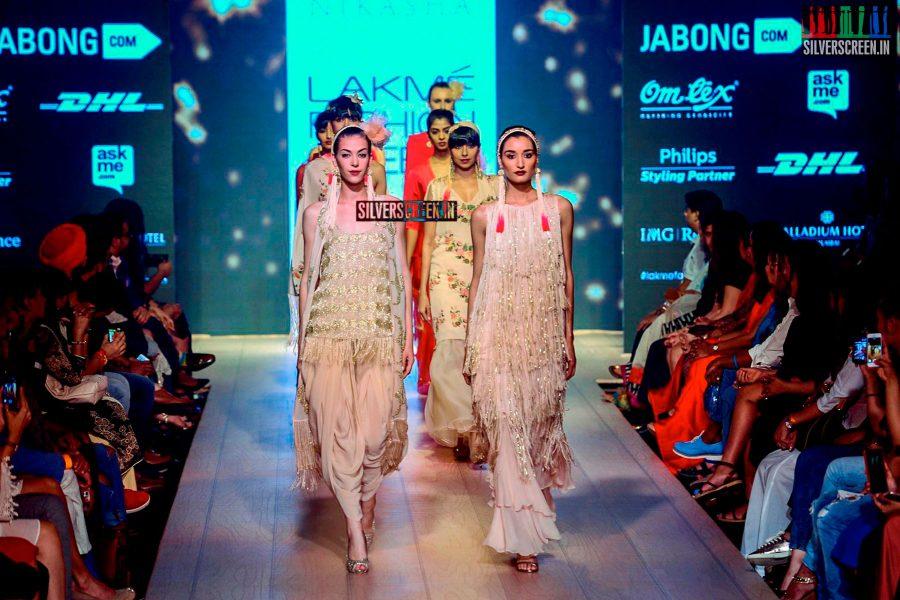 Parvathy Omanakuttan Walks for Nikasha Tawadey at LFW Winter Festive 2015