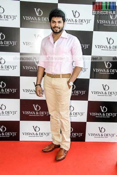 Celebrities at Viswa & Devji Diamond Jewellery Showroom Launch
