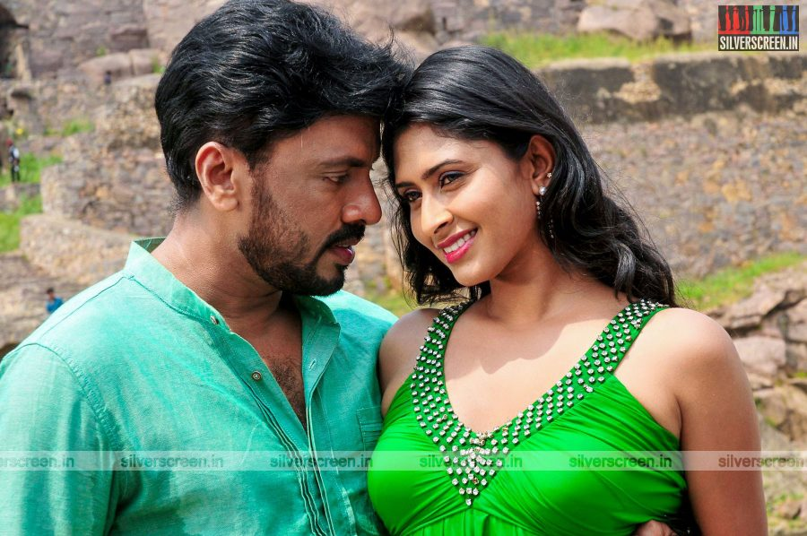 Kadhal Agathee Movie Stills