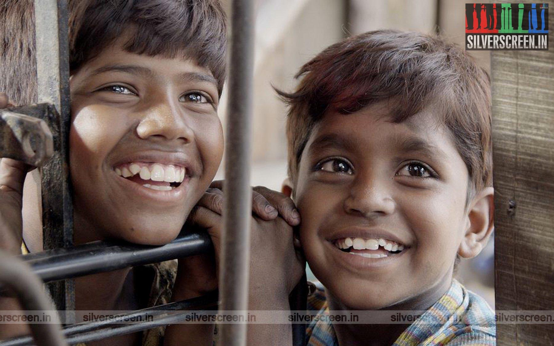 Kaakka Muttai Movie Stills