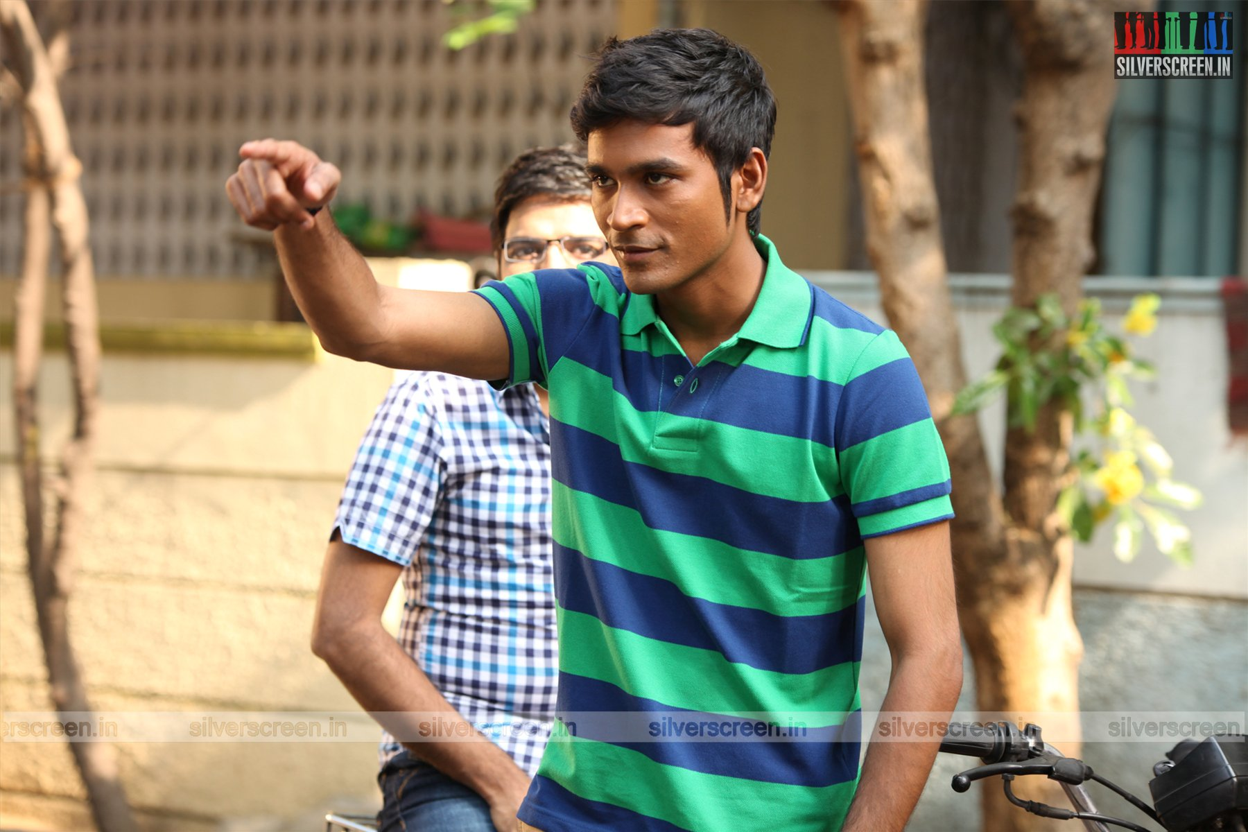 dhanush interview: 'i do not look handsome' | silverscreen.in