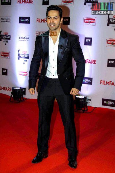 Celebrities at Filmfare Awards 2016