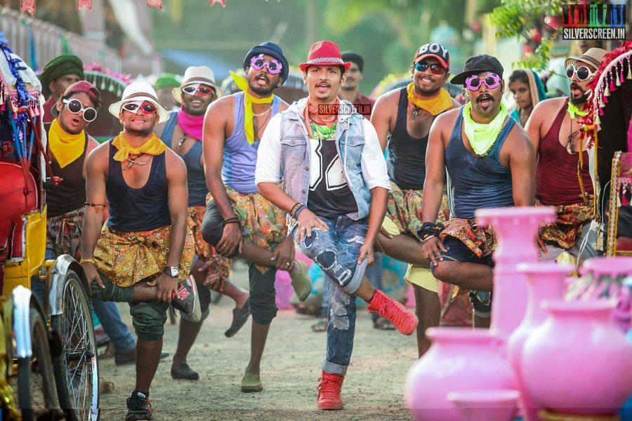 Pokkiri Raja Movie Stills