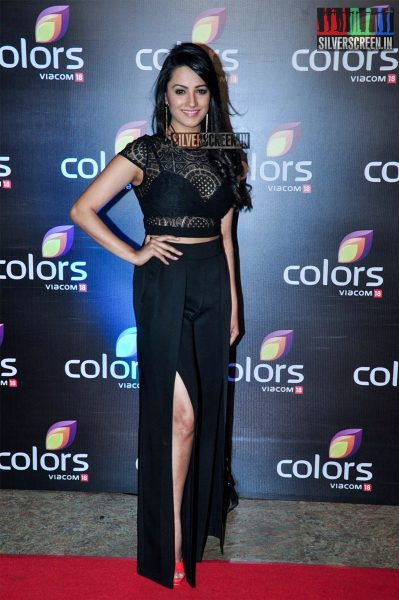 celebrities-at-the-colors-tv-red-carpet-2016-photos-0033.jpg