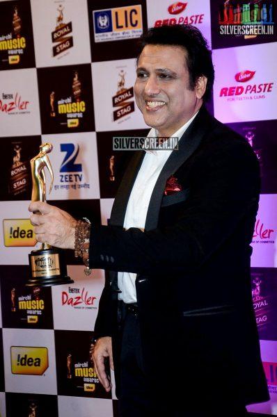 celebrities-at-the-radio-mirchi-awards-red-carpet-photos-0051.jpg
