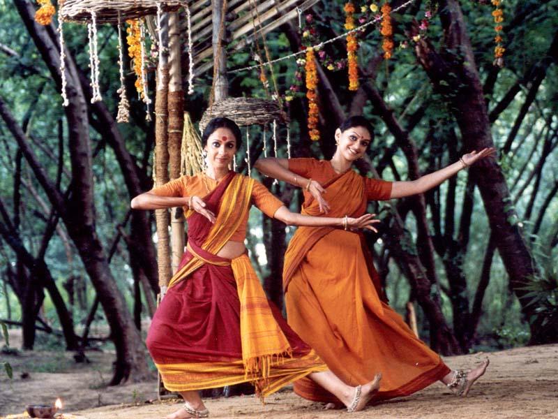 Kamavalli and Madhura, dance in freedom.