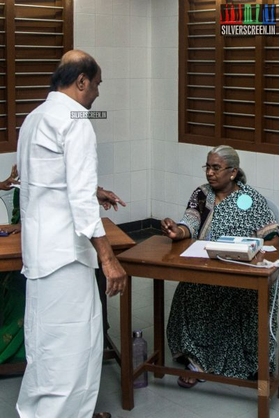 celebrities-vote-in-tamil-nadu-assembly-elections-2016-hq-photos-0018.jpg